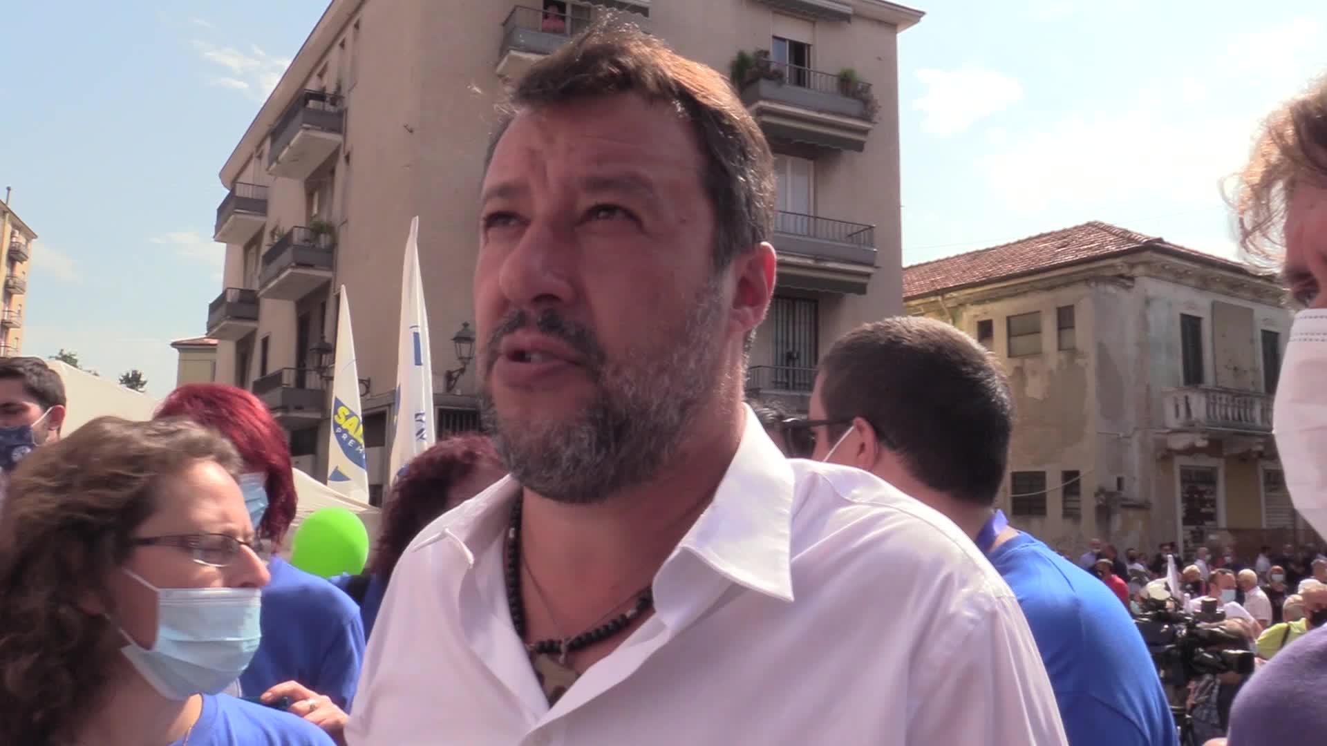 Salvini a Catania, partono le contestazioni