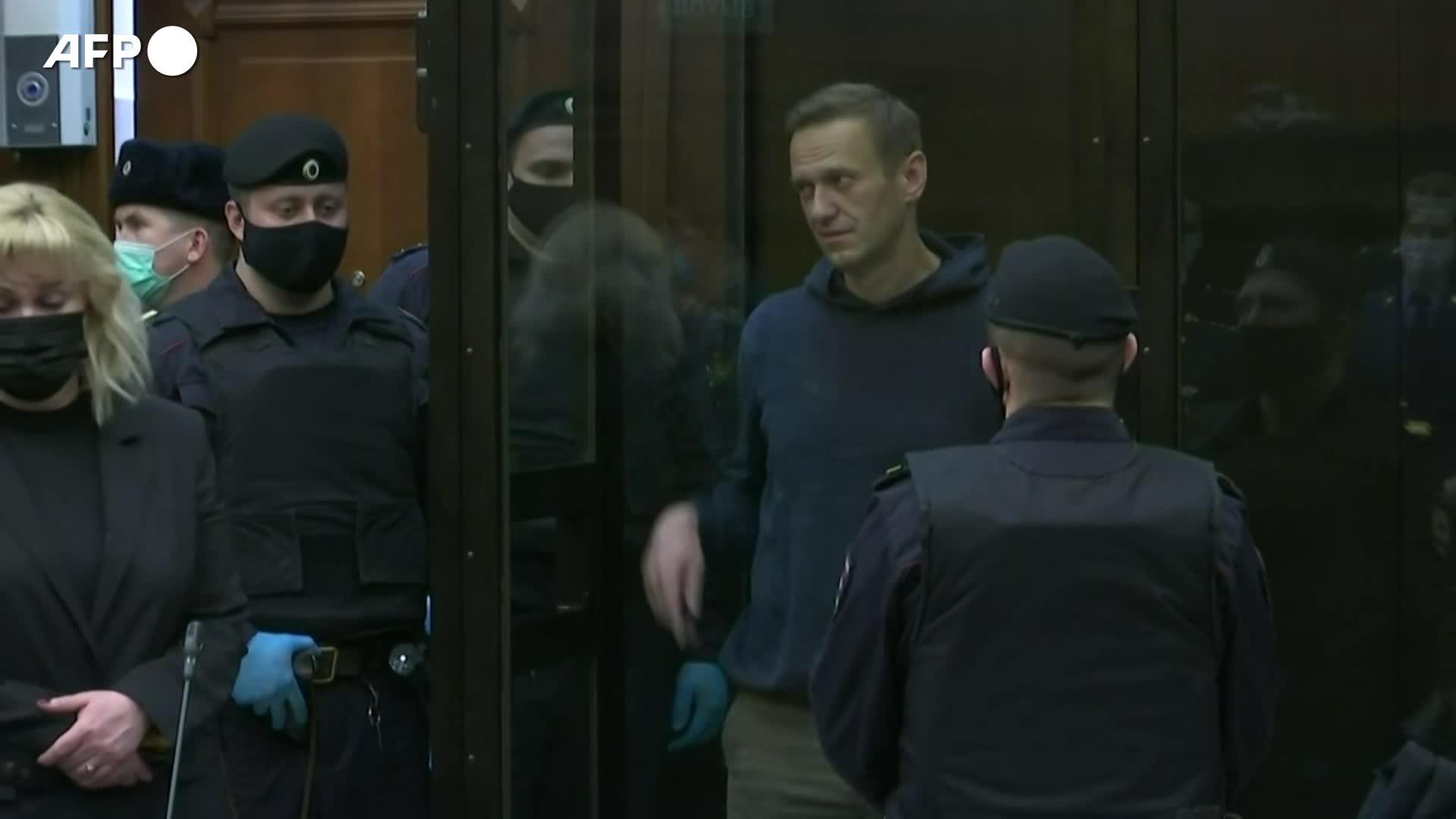 Navalny: L'Unione Europea chiede alla Russia di concedere una visita medica all'attivista