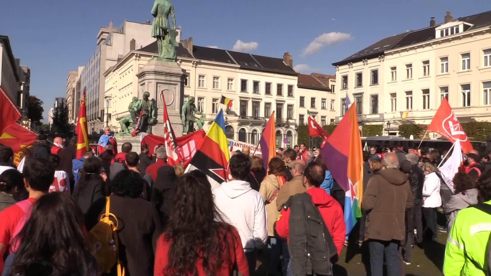 """Attacco Cgil, in piazza a Bruxelles: """"L'Europa è antifascista"""""""