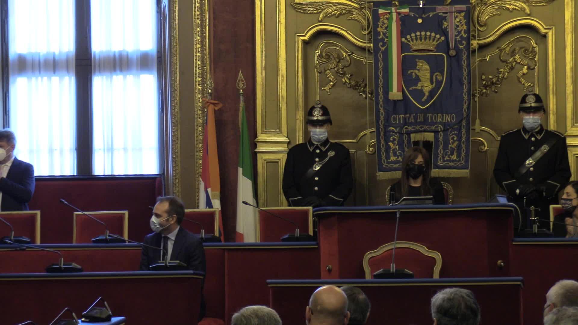 Torino, il sindaco Lo Russo riceve la fascia tricolore