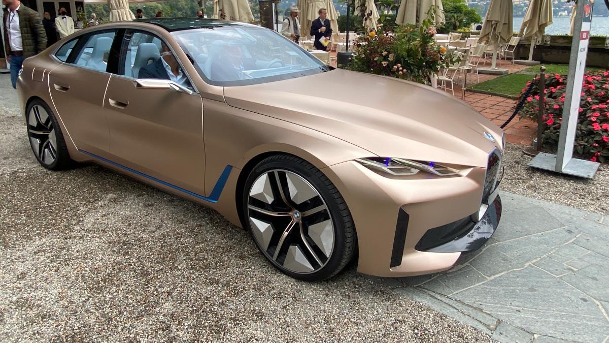 BMW i4, la berlina elettrica tedesca al Concorso d'Eleganza di Villa d'Este